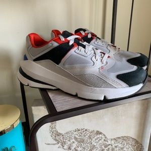 """Under Armour 
